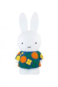 nijntje in jurk by Makoto Kagoshima