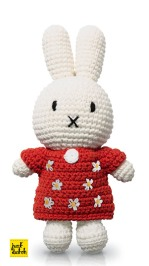 miffy-red-flower-crochet-20-miffyshop-co-uk